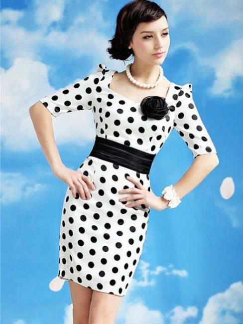 beyaz-puantiyeli-elbise-modelleri[1]